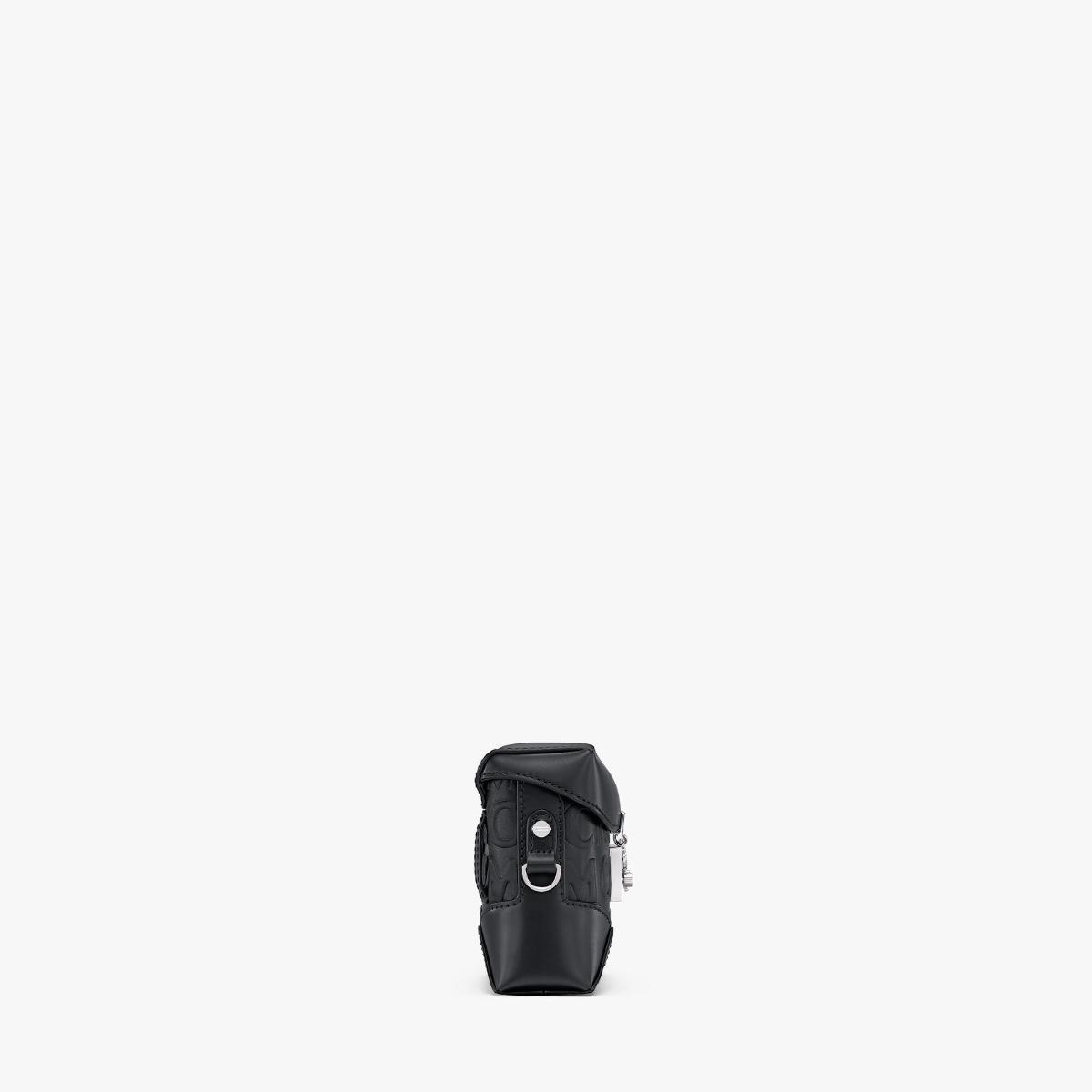 엠씨엠(MCM) 소프트 베를린 모노그램 레더 벨트백 MWZAABF01BK